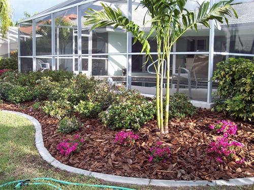 Landscaping in port charlotte florida englewood florida for Lanai garden designs
